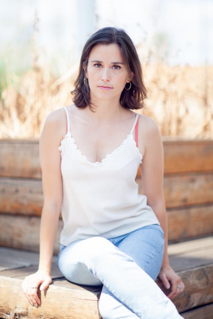 Photographie sous le soleil jeune actrice Française