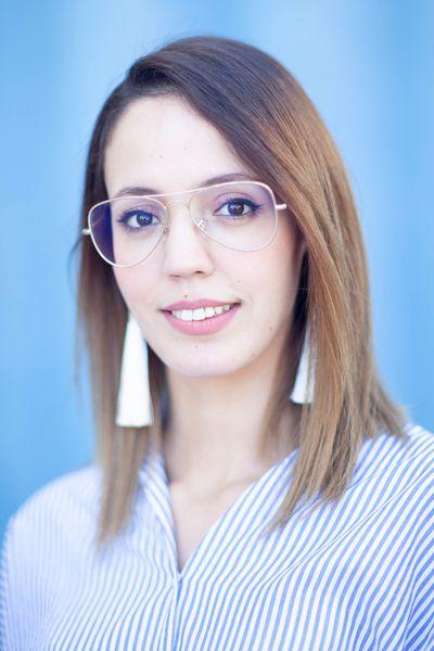 Portrait_Corporate_Femme_Banque_Finance_Photographe_Portraitiste_CV_Linkedin_Réseaux_sociaux - Copie